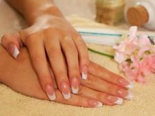 Akrylové nehty - francie